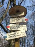 ...the signs could be a bit confusing, with different arrows pointing different ways for the same destination