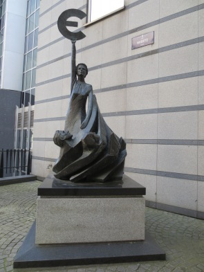 I didn't make it inside the Parliamentarium (silly, I know), but I did visit the EU Parliament building. This statue is outside