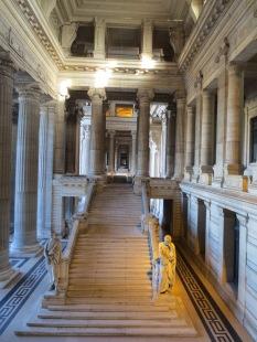 More imposing views of the Palais de Justice entryway