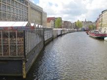 The floating flower market