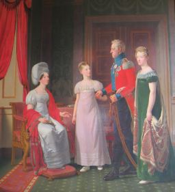 We've reached the Napoleonic era! I want that green velvet dress, albeit with a slightly lower waist and less awkward lace collar