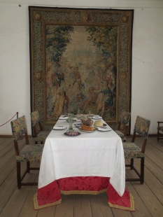 Dining in the Queen's Chamber